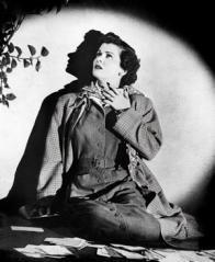Joan Bennett dans le film de Max Ophüls, Les Désemparés, 1949.